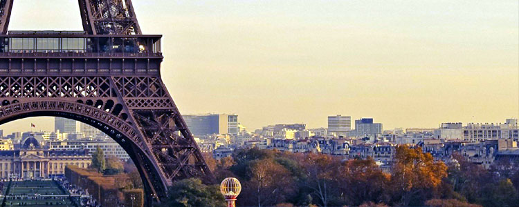 / France