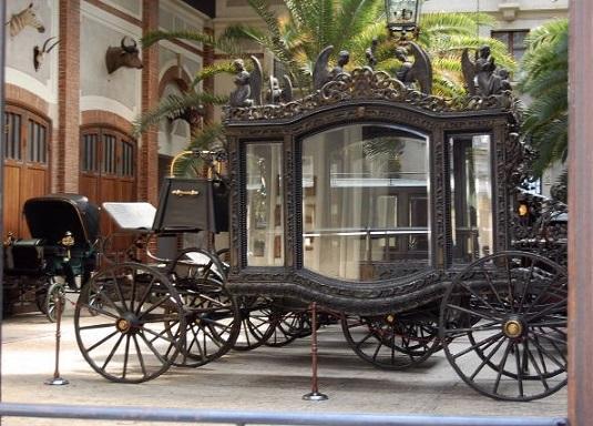 Museum Collection Coaches in Lancut / Muzealna Kolekcja Pojazd�w in �a�cut