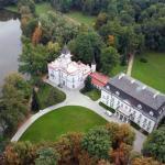The palace and park in Radziejowice / Pałac i park w Radziejowicach